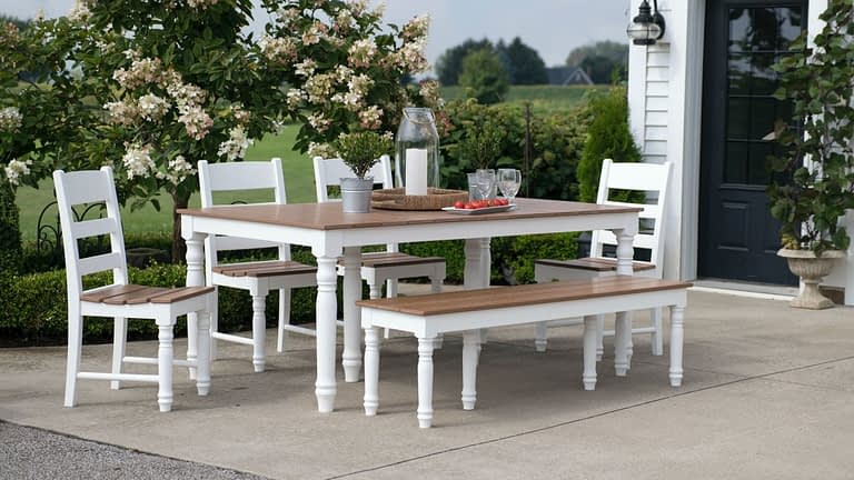 best outdoor dining table