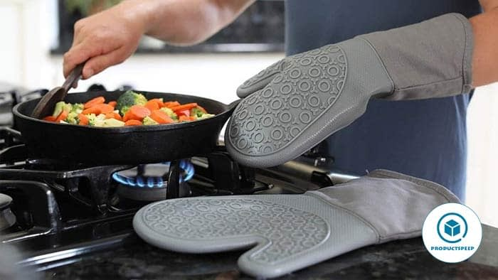 Potholders - essential kitchen tools